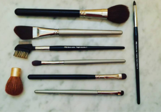 brush-up-dearhairdresser-ca